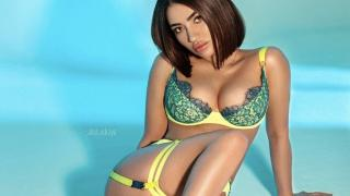 AndreaAlawi's Live Cam