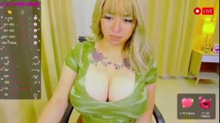 12inchesfantasydoll's Live Cam