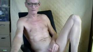 sissyplay68's Live Cam